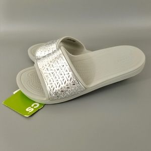 Crocs Sloane Graphic Etched Slide Silver Gray Sz 6